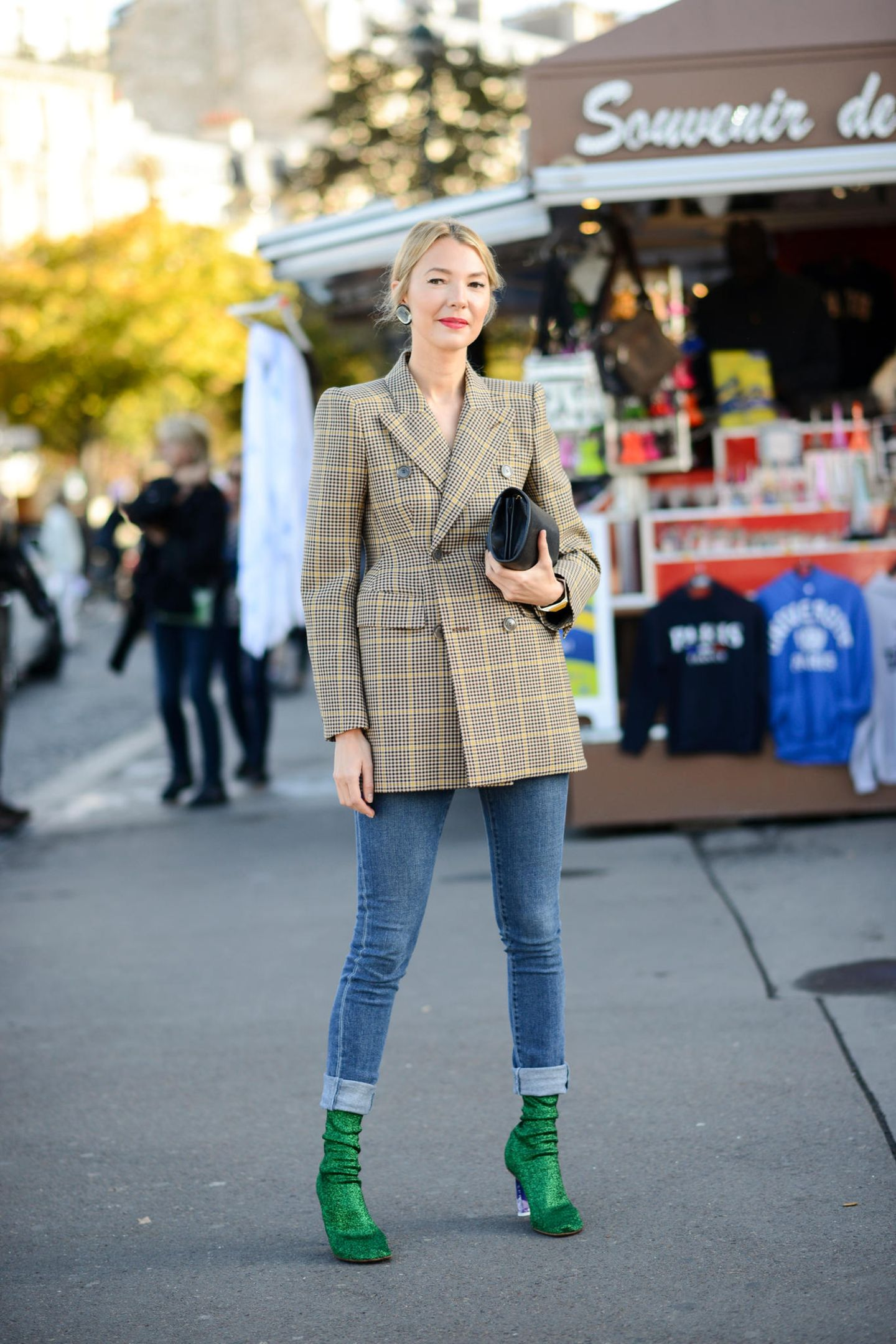Die schönsten Streetstyles, die Lust auf Frühling machen: Blazer-Kleid