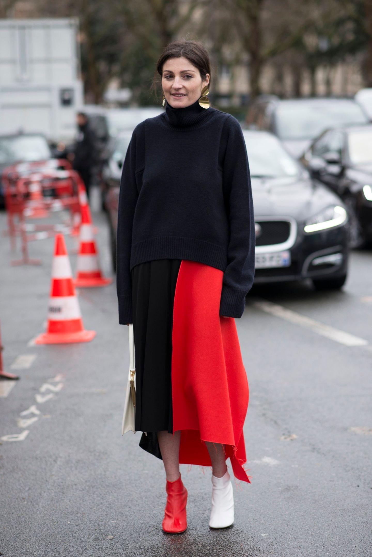 Zurückhaltender aber richtig cooler Streetstyle-Look in Schwarz, Weiß und natürlich ROT