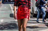 Rot! Chiara Ferragni trägt die Signalfarbe in Kombi mit Schwarz