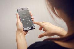 Polizei verrät: DIESER Geheimcode schützt uns vor Handy-Diebstahl!