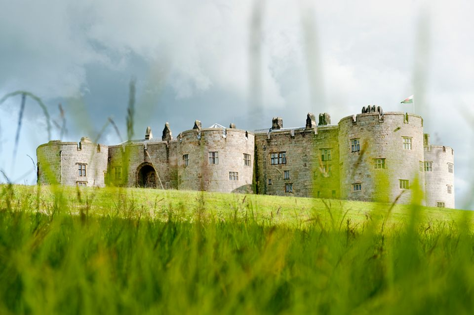 Wales: Chirk Castle