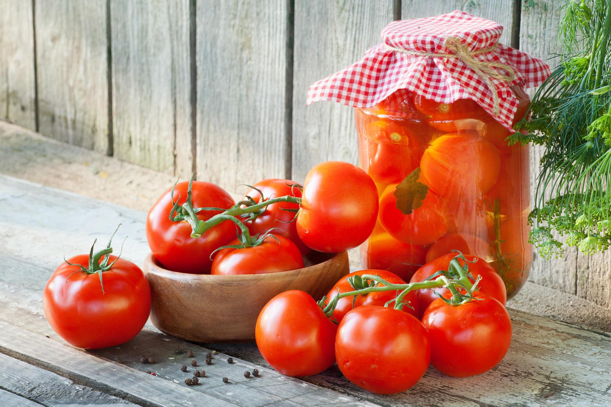tomaten einlegen fix und fertig in 30 minuten. Black Bedroom Furniture Sets. Home Design Ideas