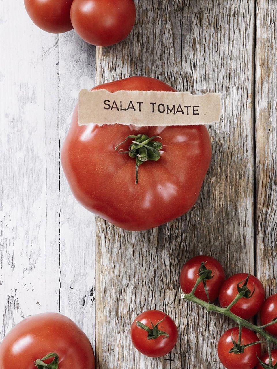 Tomatensorte Salattomate, auch bekannt als Fleischtomate