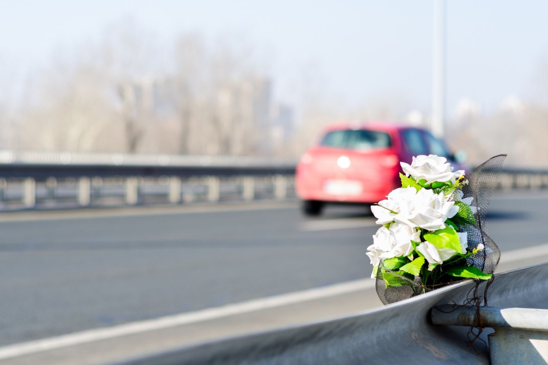 Unfall an Leitplanke - Vater soll zahlen