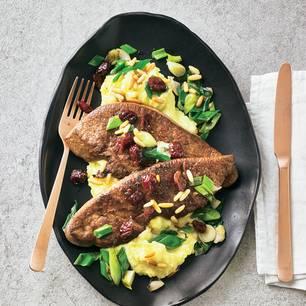 Gebratene Kalbsleber mit Kartoffelmus und Portwein-Soße