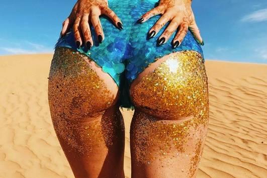 Glitter Booty