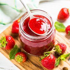 Erdbeermarmelade im Glas