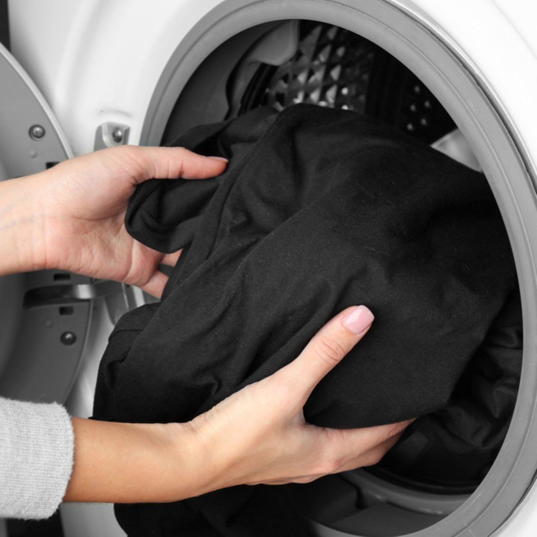 Auf braune nach flecken waschen wäsche weißer dem Systematisch ordnung