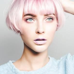 Holo-Trend für Haare und Make-up