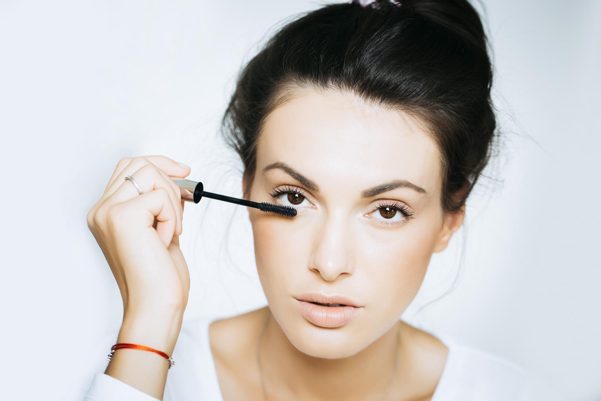 XXL: Diese Frau hat die längsten Wimpern der Welt | BRIGITTE.de
