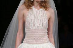 Brautfrisur für feine Haare