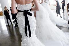 Brautfrisur für längere Haare