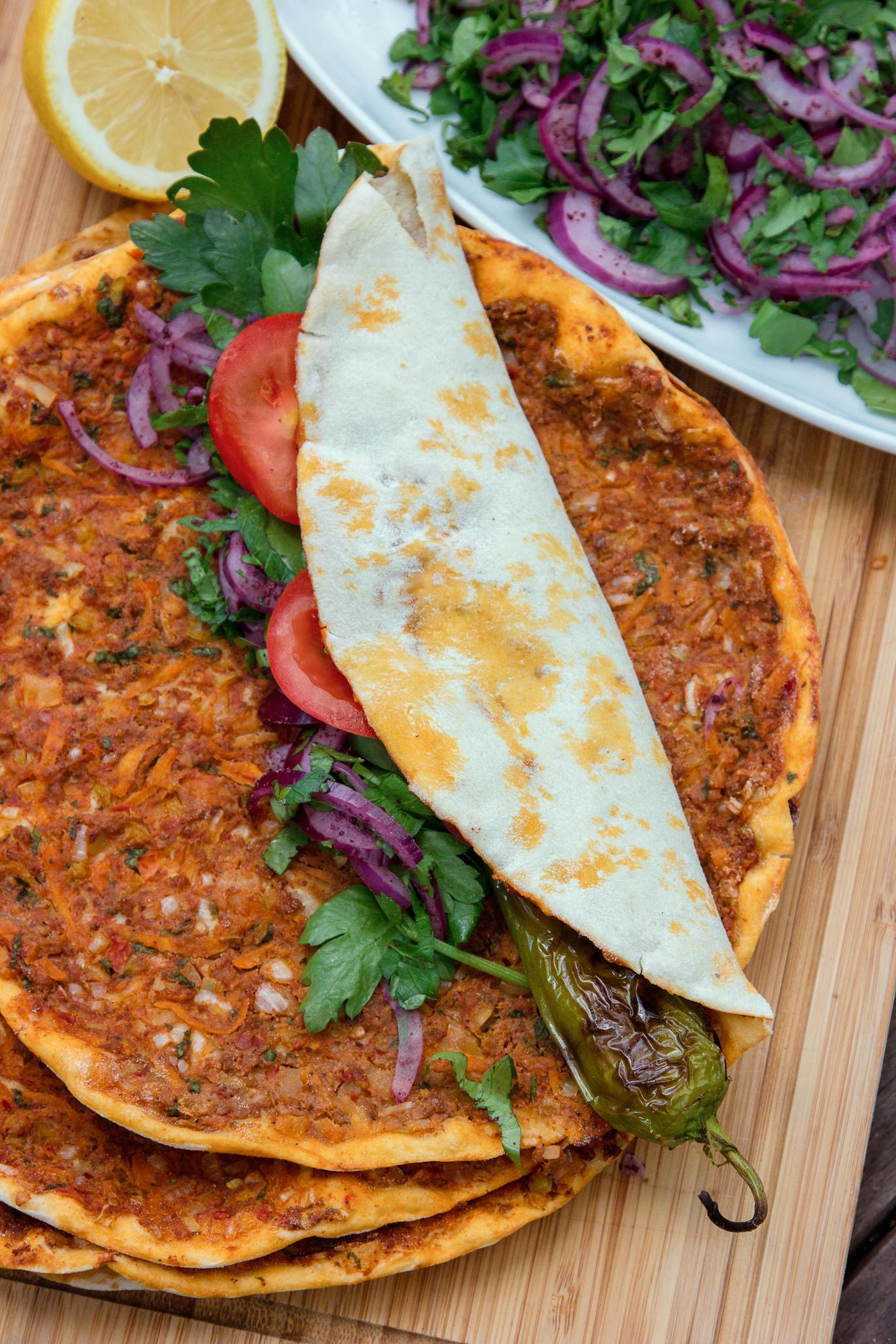 Türkische Küche: Döner, Köfte & Co selber machen | BRIGITTE.de