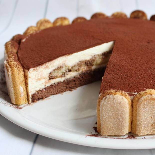 Tiramisu Torte Brigitte De