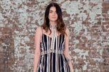 Streetstyle mit gestreiftem Kleid und Körperkette auf der MBFW Australia 2017