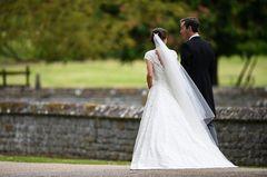 Brautkleid von Pippa: die Rückenansicht