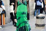 Ugly Fashion - Netztop zu grün gebatiktem Kleid