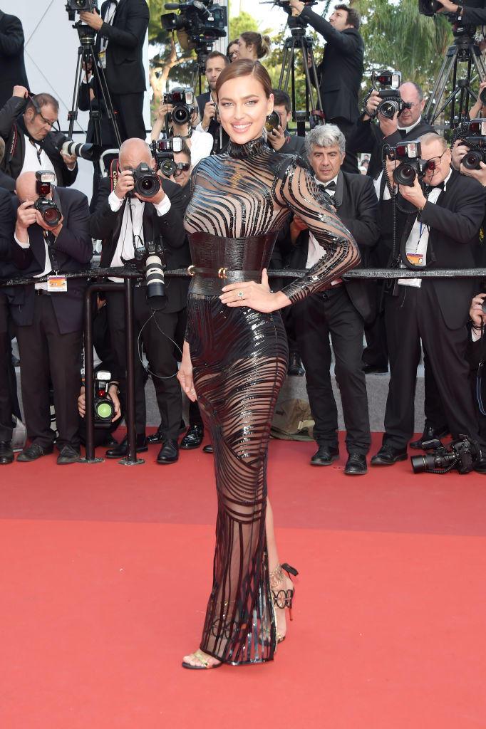 Irina Shayk in einem transparenten Kleid in Cannes 2017