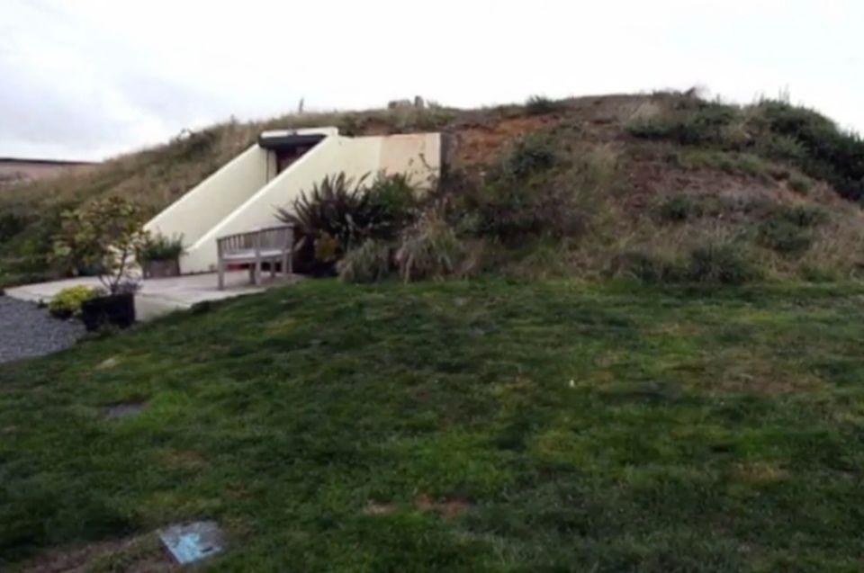 Umgebauter Bunker wird tolles Wohnhaus