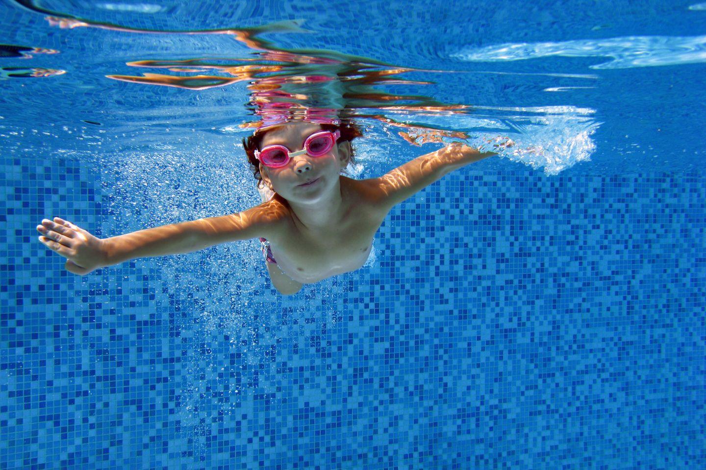 Kinder koennen nicht schwimmen