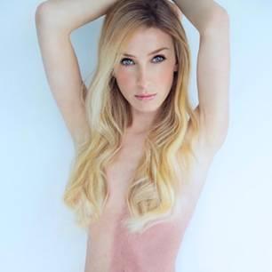 Taylor Muhl trägt Zwilling im Körper