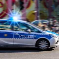 Leipzig: Zwölfjähriges Mädchen in Transporter entführt!
