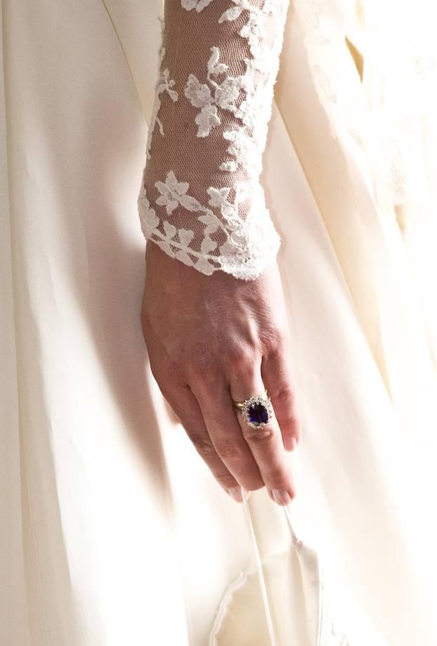 Diesen Nagellack trug Kate bei ihrer Hochzeit - und er kostet gerade mal 10 Euro