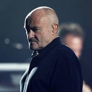 Phil Collins wirkt derzeit besonders kraftlos - seine Fans machen sich große Sorgen