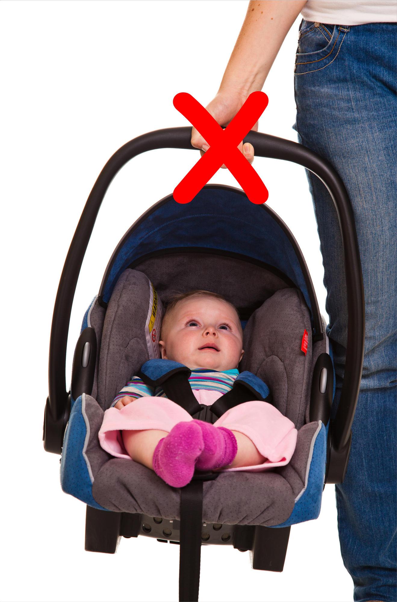 babyschale tragen  geht es ohne rueckenschmerzen