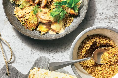 Fenchel-Apfel-Salat mit Harissa-Hähnchen
