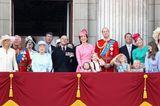 Queen-Geburtstag: So süß stehlen George & Charlotte allen die Show 💞