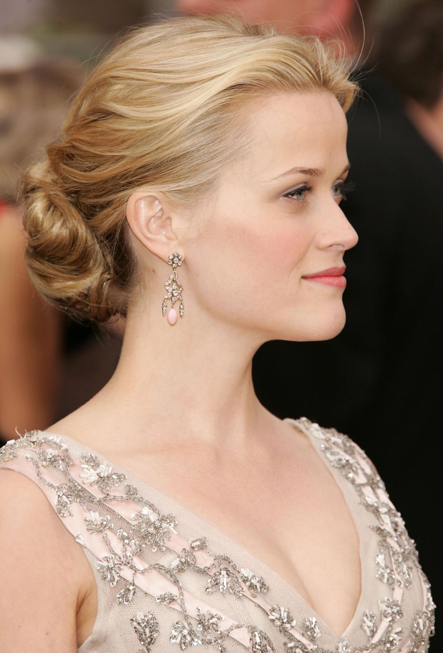 Reese Witherspoon mit Chignon