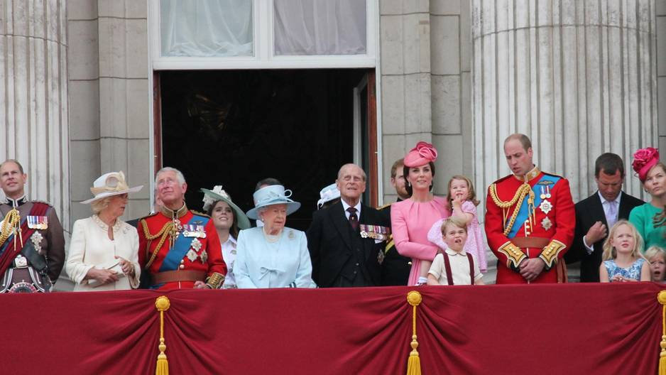 Wegen George & Charlotte: Mega-Zoff bei Kate und der Queen