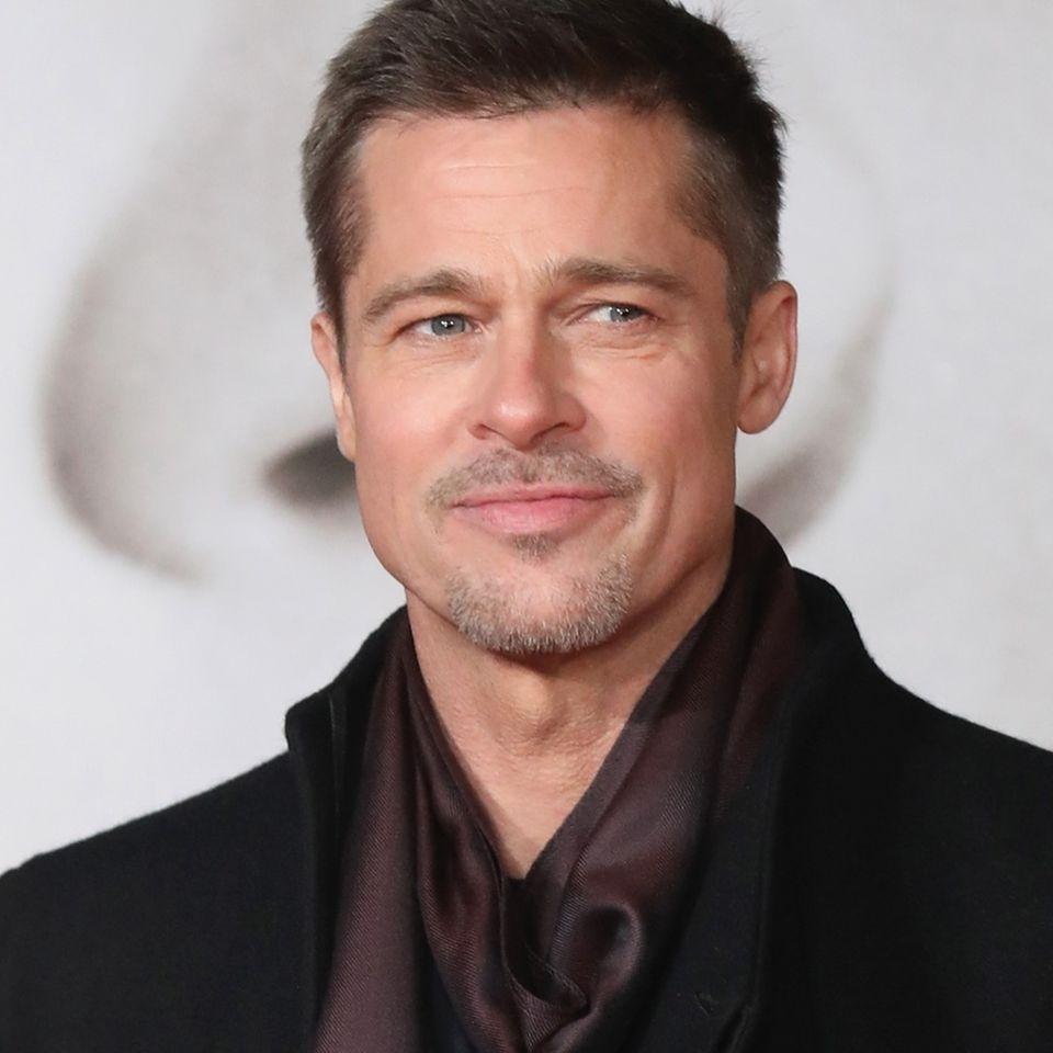 Brad Pitt in Flirt-Modus
