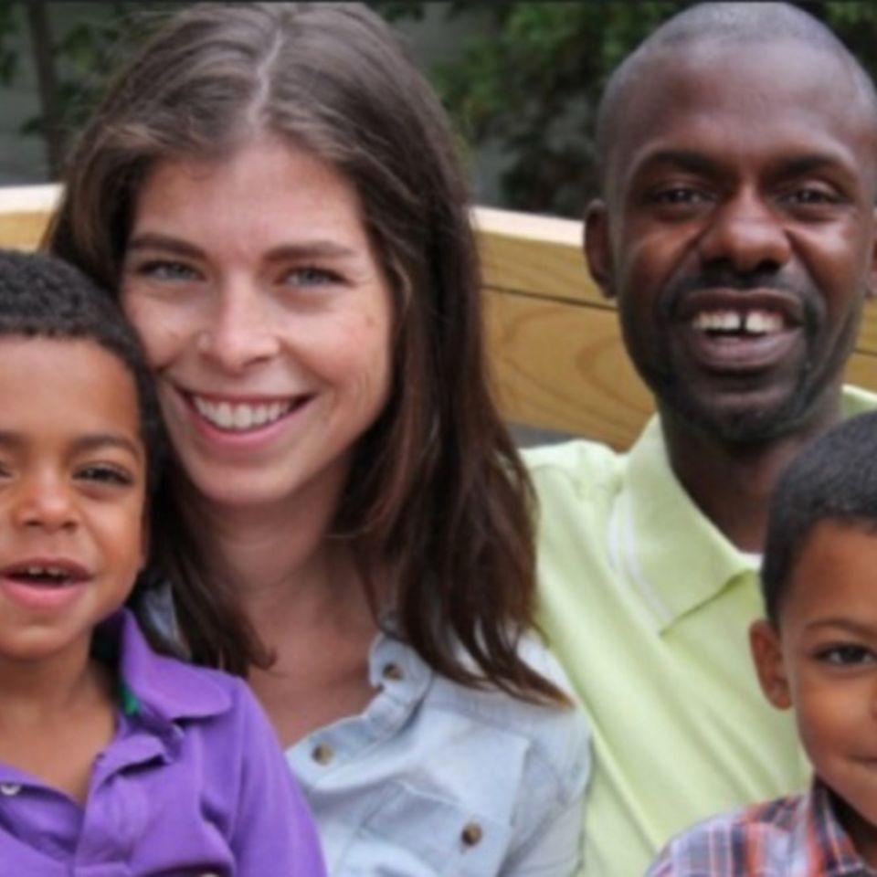 Zweifach-Mama erhält Schock-Diagnose, kurz nachdem ihr Ehemann stirbt