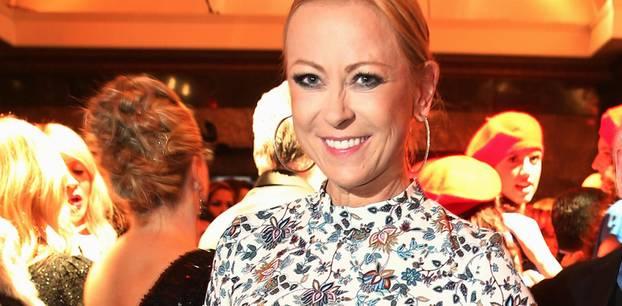 Jenny Elvers schockiert mit Mager-Foto - Fans sind in großer Sorge