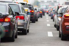 Unfälle auf der Autobahn: Gefängnis für Gaffer und Blockierer?