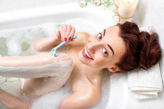 Beine rasieren - Tricks und Tipps
