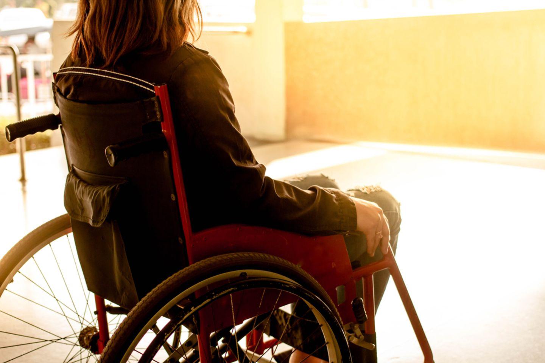 Sie hatte einen Orgasmus - jetzt sitzt sie gelähmt im Rollstuhl!