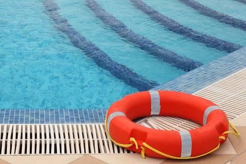 Drama im Schwimmbad: Mädchen ertrunken
