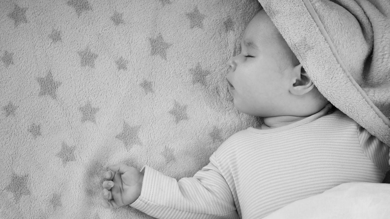 Baby 11 Monate Schläft Nicht Alleine Ein