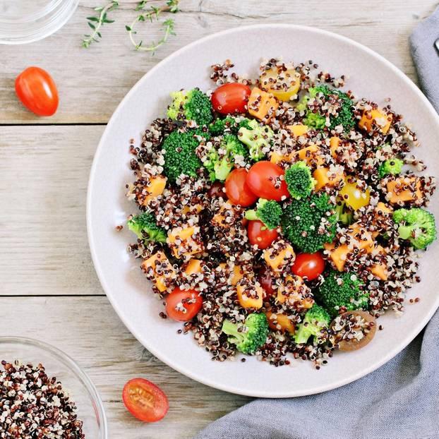 Quinoa verursacht Blähungen