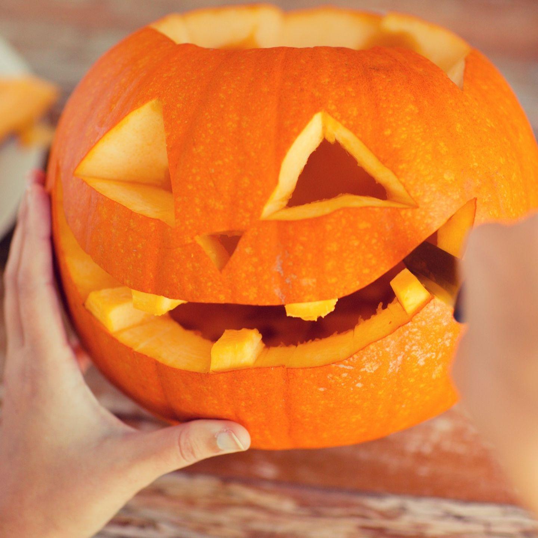 Kurbis Schnitzen Anleitung Fur Halloween Brigitte De