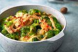 Brokkoli mit Bergkäse und Hähnchenbrustschinken