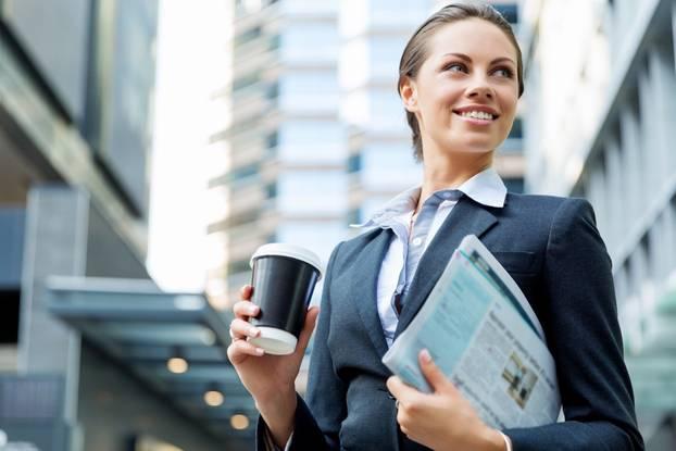 Stört es Männer, wenn die Frau mehr verdient: Business-Frau