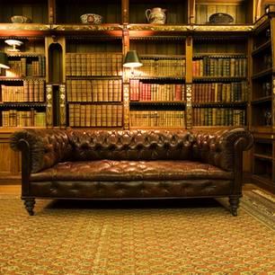 So baust du aus einer Bücherwand eine Geheimtür