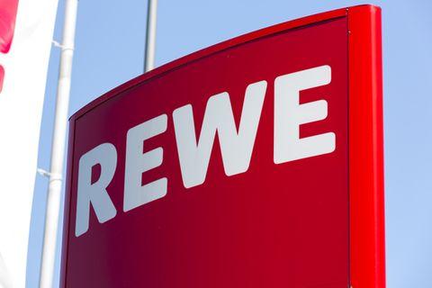 Salmonellen-Alarm: Wichtiger Produkt-Rückruf bei Rewe