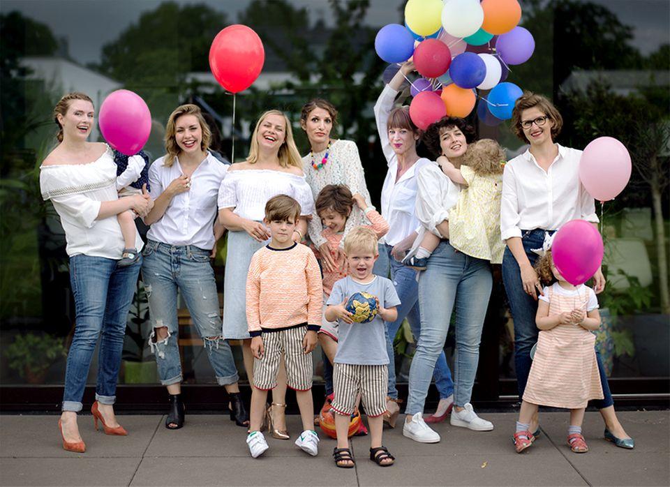 """Unser Blog-Liebling: Stylish, stylisher, Haupstadtmutti! Das Blog, an dem inzwischen eine ganze Bande von coolen Müttern mitschreibt, ist die erste Adresse für alle Moms, die Bock auf Mode, Lifestyle, aber eben auch meinungsstarke Texte haben. Einer unserer """"All time favourites"""" ❤️."""