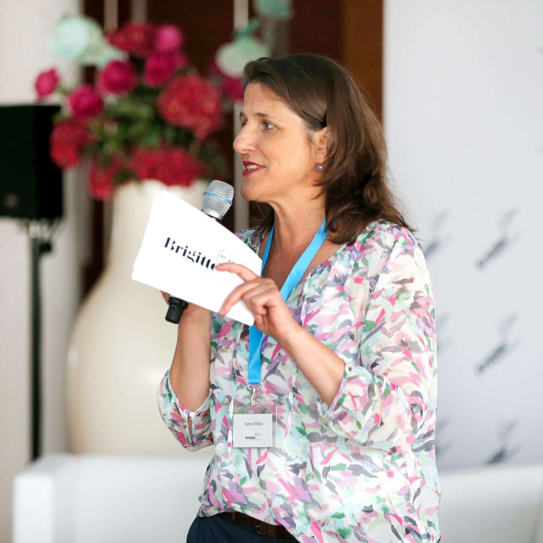 BRIGITTE-Publisherin Iliane Weiß begrüßte die Frauen und führte durch den Tag.