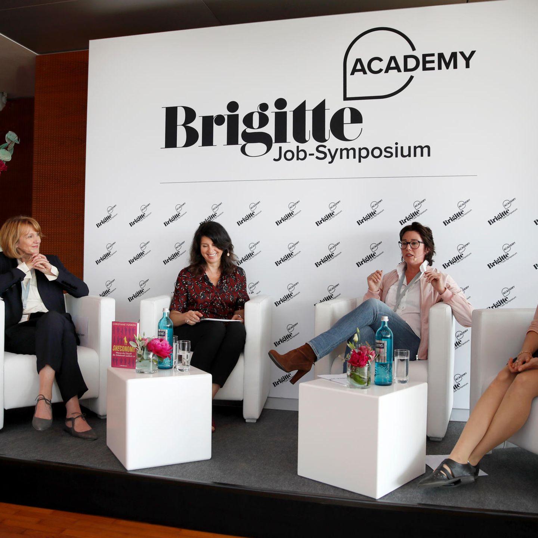 """Eine spannende Podiumsdiskussion zum Thema """"Mut zu Verantwortung – warum Frauen sich im Job mehr trauen sollten."""""""